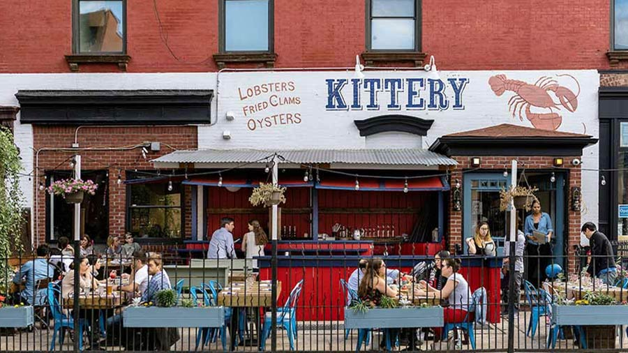 Local Gowanus, Brooklyn restaurant with outdoor tables