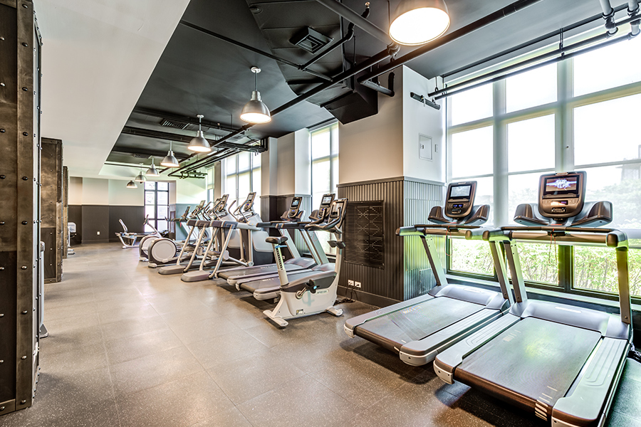 363 Bond Street gym with treadmills, staionery bikes and elliptical trainers